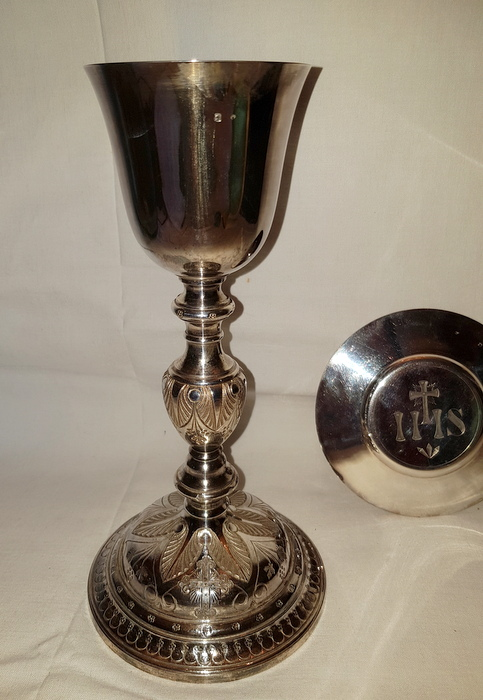 CALICE ET PATENE ARGENT /SILVER CHALICE AND PATEN