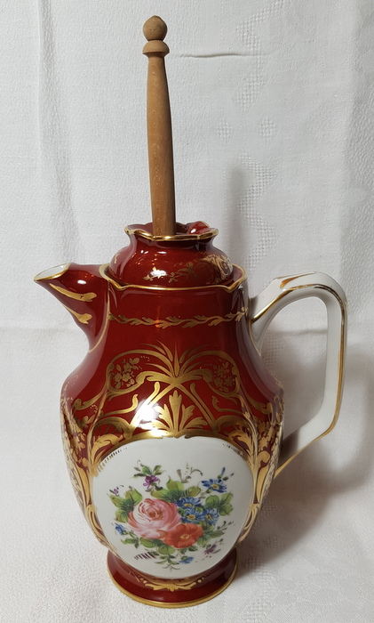 CHOCOLATIERE ET SON MOUSSOIR SEVRES 18EME/ CHOCOLATE POT WITH ITS FROTHING 18TH