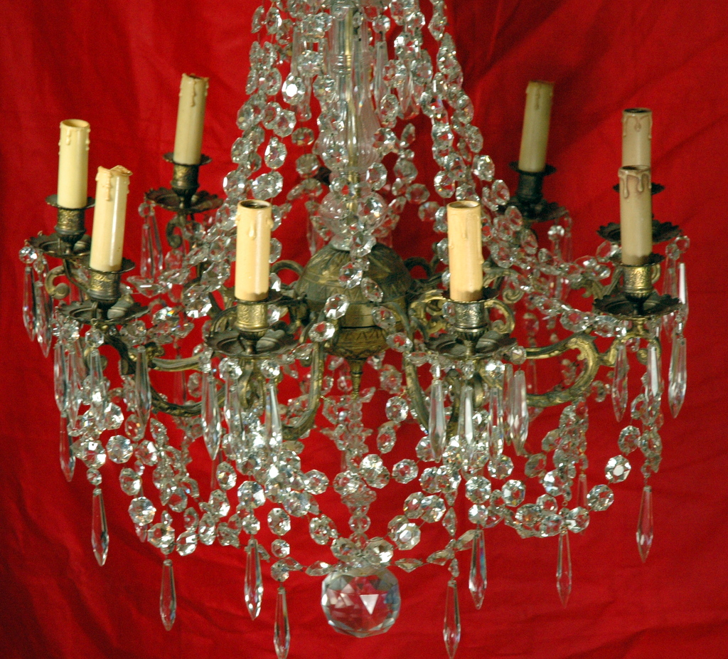 IMPOSANT LUSTRE BRONZE ET CRISTAL / HUGE CRYSTAL AND BRONZE LUSTER