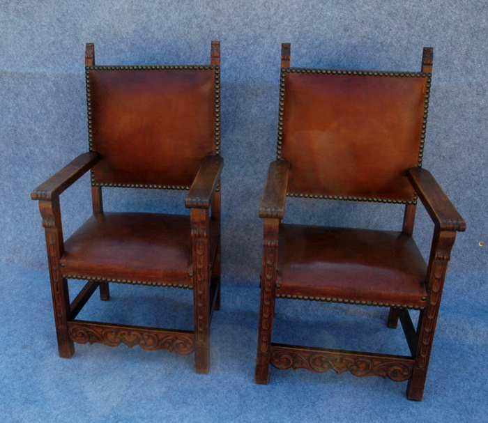2 GROS FAUTEUILS CUIR BRUN / 2 BIG ARMCHAIRS IN BROWN LEATHER